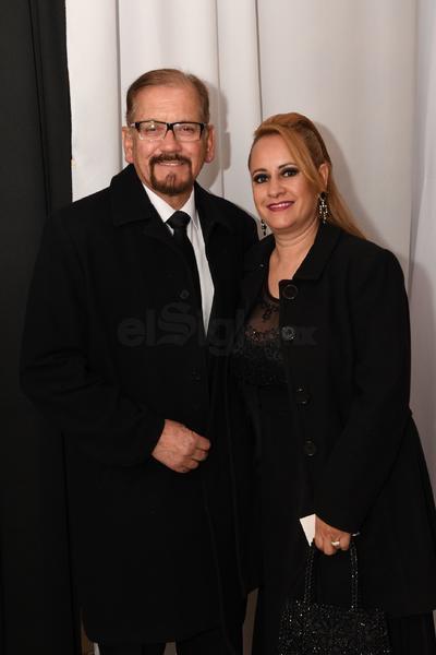 Dr. Marco Antonio Ávila y Flor Medina.