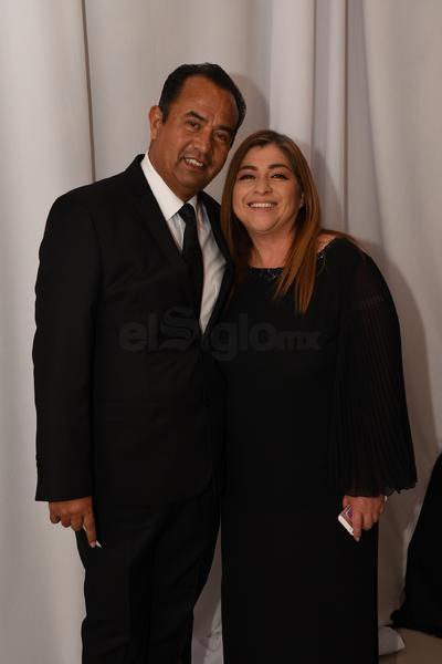 Agustín Cervantes y Patricia Soria.