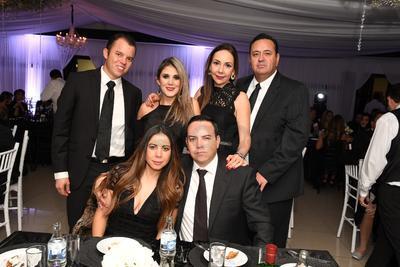 Francisco Espinoza, Alejandra González, Liliana Sifuentes, Sergio Sánchez, Ignacio Pacheco y Chela de Pacheco.