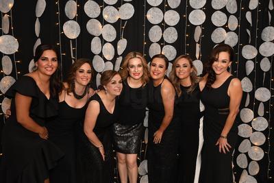 Inés Zamudio, Ivón García, Laura Campos, Sada Montelongo, Indra Rangel, Aideé Guerra y Lorena Lara.