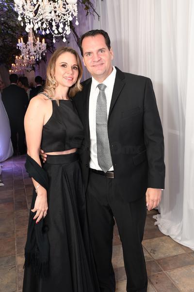 Alma Muñoz y Mauricio Holguín.