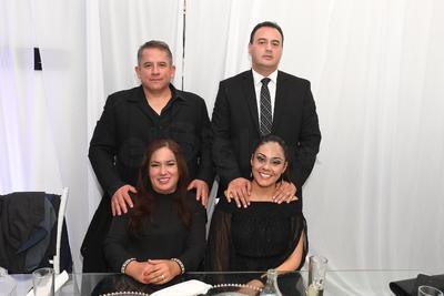 Enrique Rojas, Margarita Galindo de Rojas, Aurelio González e Isi Ponce de González.