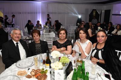 Lic. Juan Francisco Herrera, Norma Alicia López, Lorena Hernández, Alejandra Zavala y Lorena Campos.