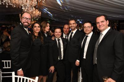 José Ramón Dávila Elizondo, Geraldina Chávez, María Garza, Miguel Castro, David Lanzarín, Jaime Mijares y Mauricio Holguín.