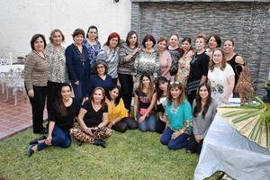 27112018 POSAN PARA LA FOTO.  Integrantes del Club Alhelí en su reunión mensual.