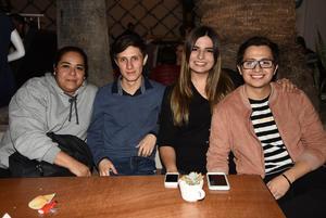 27112018 Dulce, Alejandro, Sofía y Ricardo.