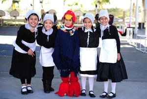 27112018 Regina, Renata, Christian, Diana y Marien.