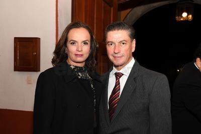Irene Salum y Elías Bechelani.
