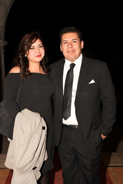 Luis Espinoza y Lilian Cosaín.