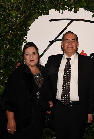 Esteban Calderón Rosas y  Sra.