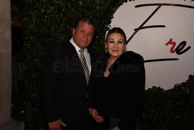 Adrián Alanís Curiel y Marcela Martínez Moreno.