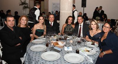 Jorge Gutiérrez Puente, Elvira Zaldivar de Gutiérrez, Ciria Salazar, Juan Nava Stenner, Irene Salum, Elías Bechelani, Jesu Romo Cabral y Angélica Zamudio.