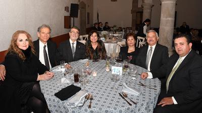 Georgina Velasco, Vicente Guerrero, Luis Alberto Zavala, Bertha Enríquez, Norma Herrera, Juan Francisco Herrera y Eduardo Gutiérrez.