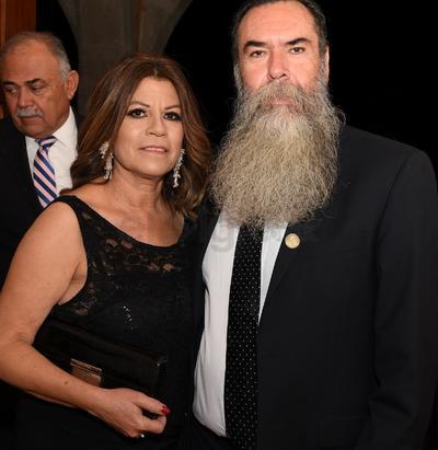 Martín Soriano Sariñana y Sra.