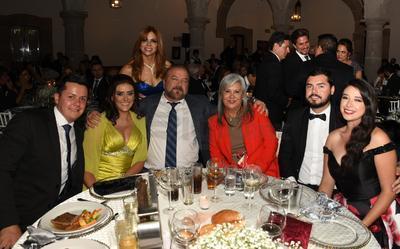 Gustavo Palencia, Martha Palencia, Diana Ocón, Ing. Sotero Soto, Rosy de Soto, Alejandro Ruvalcaba y Aneth Espinoza.