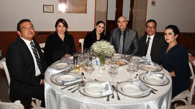 Mario Alanís, Araceli Delgado, Karla Arrieta, Guillermo Rosales, Eugenio Soto y Anahí Loera.
