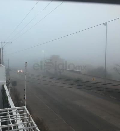 Neblina sorprende a duranguenses