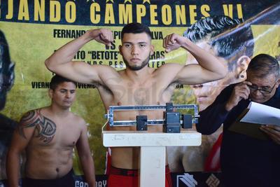 Los púgiles, se medirán mañana en el Gimnasio Torreón de la Unidad Deportiva Braulio Fernández Aguirre, a 10 rounds por el Campeonato Noroeste de la Federación de Comisiones de Boxeo (Fecombox), en pelea que servirá como eliminatoria rumbo al título nacional.