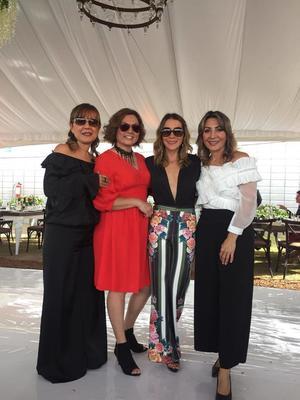 30112018 EN UNA BODA.  Mariana, Claudia, Marisol y Rocío.