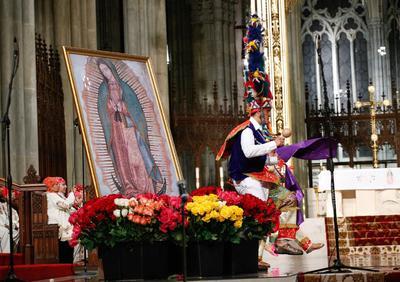 En la catedral de San Patricio de Nueva York también se celebró a la Virgen morena.