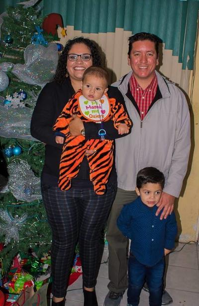27122018 Aarón, Alejandra y Alan.