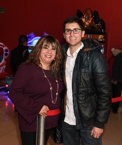 Sandra Díaz y Omar Avendaño.
