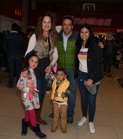 Familia Ávalos Santiesteban.
