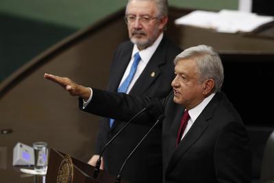 AMLO dijo que inició la cuarta transformación del país.