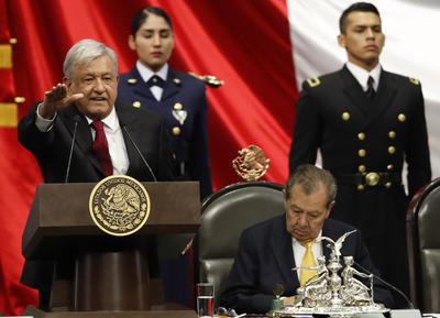 AMLO tomó protesta como nuevo presidente de México.