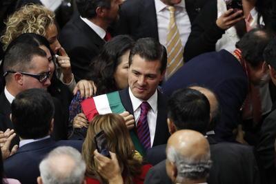 Peña Nieto a su ingreso a la Cámara Baja.
