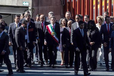 Peña Nieto a su llegada a la toma de protesta.