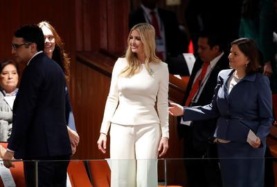 Ivanka Trump asistió a la toma de protesta.