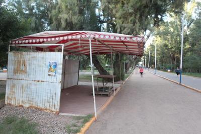 . Es así como se pusieron lanchas para el lago y carritos para trasladarse pedaleando, convirtiendo al Sahuatoba en una opción ideal para la convivencia familiar.