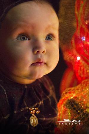 02122018 María esperando la llegada de la Navidad. - Estudio Ernesto Sosa.