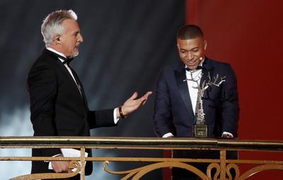 Kylian Mbappe agradeció por su premio individual.