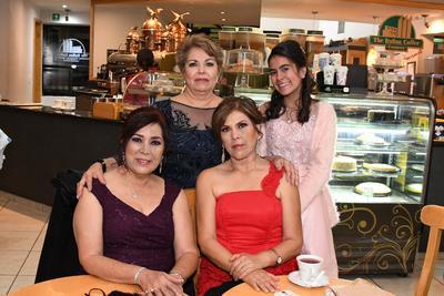 Ofelia Pérez Ramos, Irma Hernández Vázquez, Maricruz Hernández y Frida González.