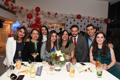 Fátima Gracia, Amelia Chavollano, Arely Chávez, Cecilia Ortega, Fernando Tinoco, Julieta López, Esther Falomir y Eduardo Laines.