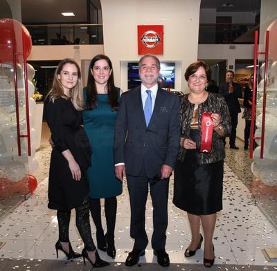 Raquel Falomir, Esther Falomir, Guillermo Falomir Russek y Rebeca de la Peña.