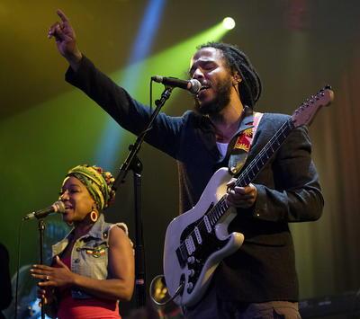 Por el reggae, Ziggy Marley estará compitiendo.