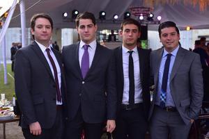 Bernardo, Roberto, Jorge y Victor