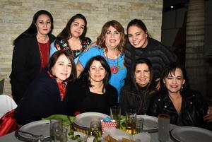 Berenisse, Maria, Edith, Mónica, Jenny, Laura, Almendra y Lety