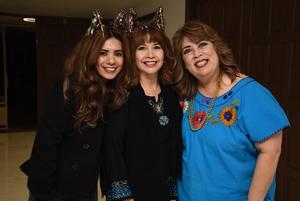 Edith Perez Galindo con Adriana Ochoa y Norma Chavez