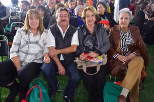 Lupe, Alvaro, Maria Enriqueta y Guillermina