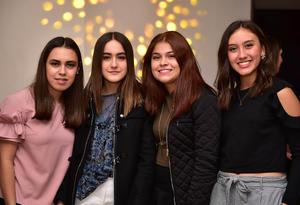 Paulina, Anaisa, Jimena e Isabel