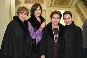 Gabriela, Gabriela, Laurencia y Barbara