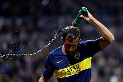 Carlos Izquierdoz se lamenta tras el final del partido.