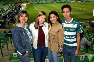 10122018 Marcela, Mariana, Ale y Luis Mario.