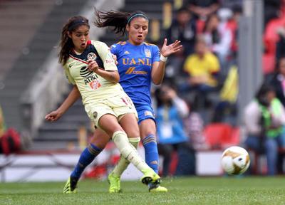 Por Águilas anotaron Diana González, en el minuto 42, y Casandra Cuevas, en el 79, mientras por el once neoleonés lo hicieron Julieta Peralta, autogol en el minuto 72, y Lizbeth Ovalle marcó el empate en el 84. Todo se resolverá en la vuelta.