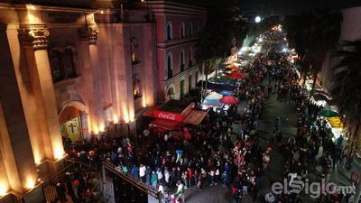Los festejos iniciaron desde el pasado domingo 18 de noviembre con la bendición de más de un centenar de grupos de danzantes que acompañaron por 24 días a trabajadores, instituciones educativas, grupos religiosos y familiares, entre otros.