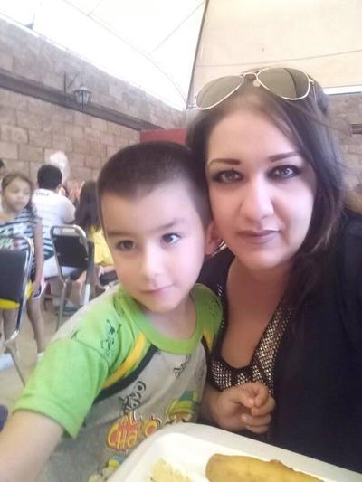 13122018 Alejandra con su hijo, Paquito.